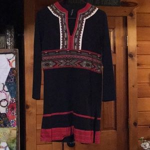 Sacred Threads tribal print knit tunic. Sz M